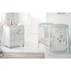 Gastone бебешко креватче,скрин с вана и повивалник и спален комплект
